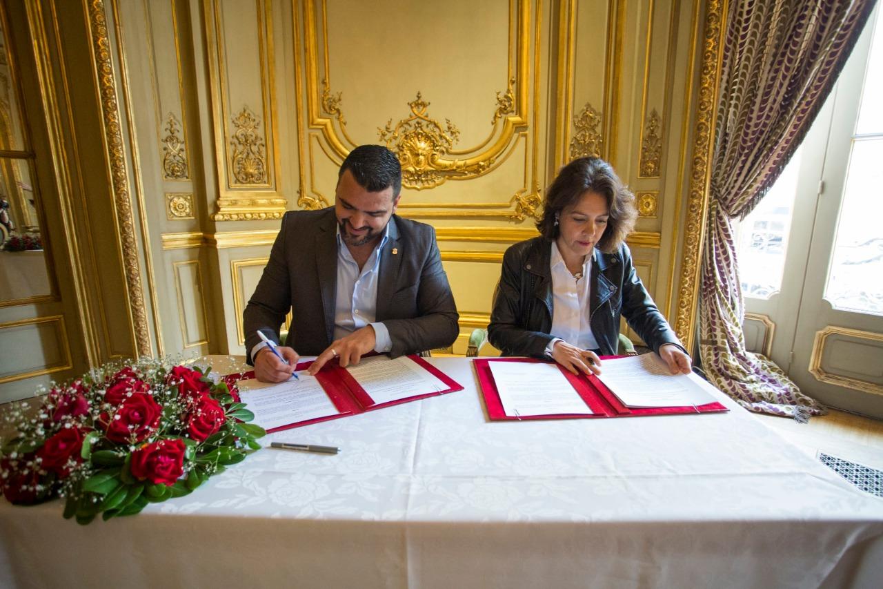 Ushuaia y la embajada de la república de Francia suscribieron un convenio de cooperación